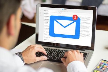 Consulter les emails personnels d'un collègue à son insu peut justifier le licenciement d'un représentant du personnel
