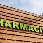 Une clause d'exclusivité consentie à une pharmacie inclut également son activité parapharmaceutique